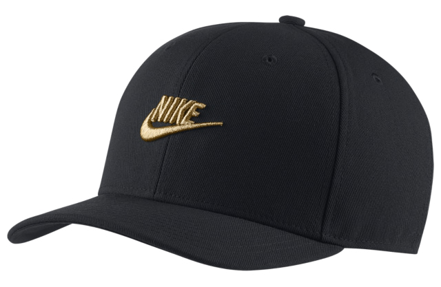 nike-foamposite-pro-black-gold-hat-match-5