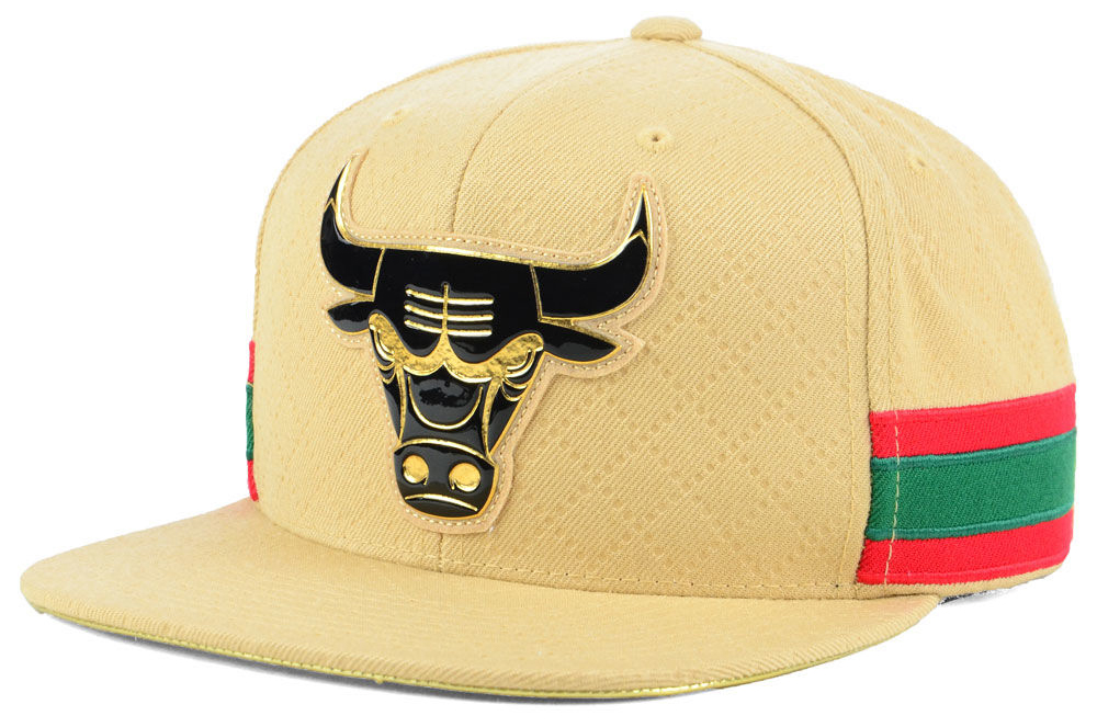 air-jordan-1-a-star-is-born-bulls-hat