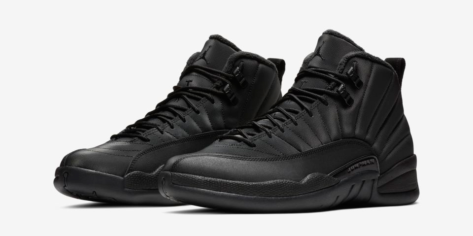 air-jordan-12-black-winterized-bulls-hat-match
