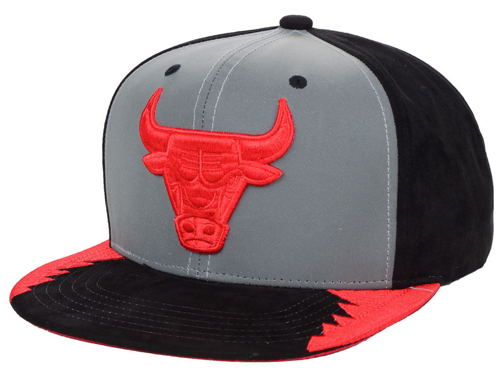 air-jordan-5-satin-bred-red-bulls-hat-match