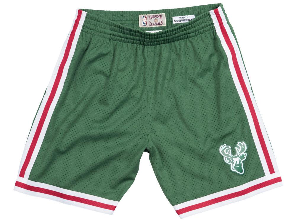 jordan-1-a-star-is-born-sports-illustrated-bucks-retro-shorts