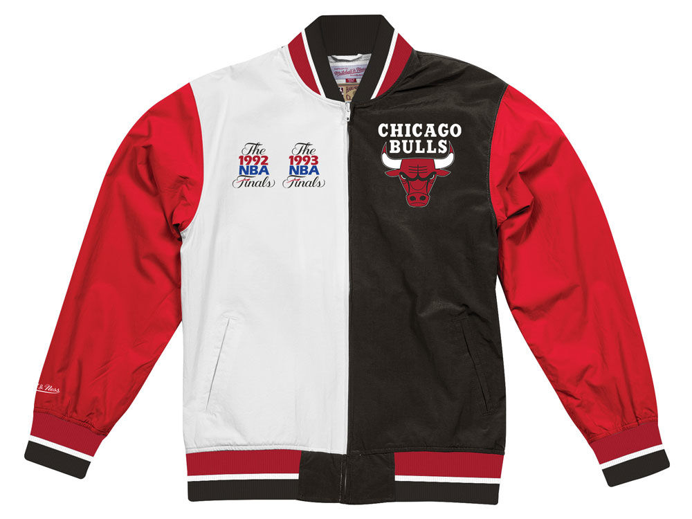 jordan-1-spider-man-origin-story-bulls-jacket-match-3