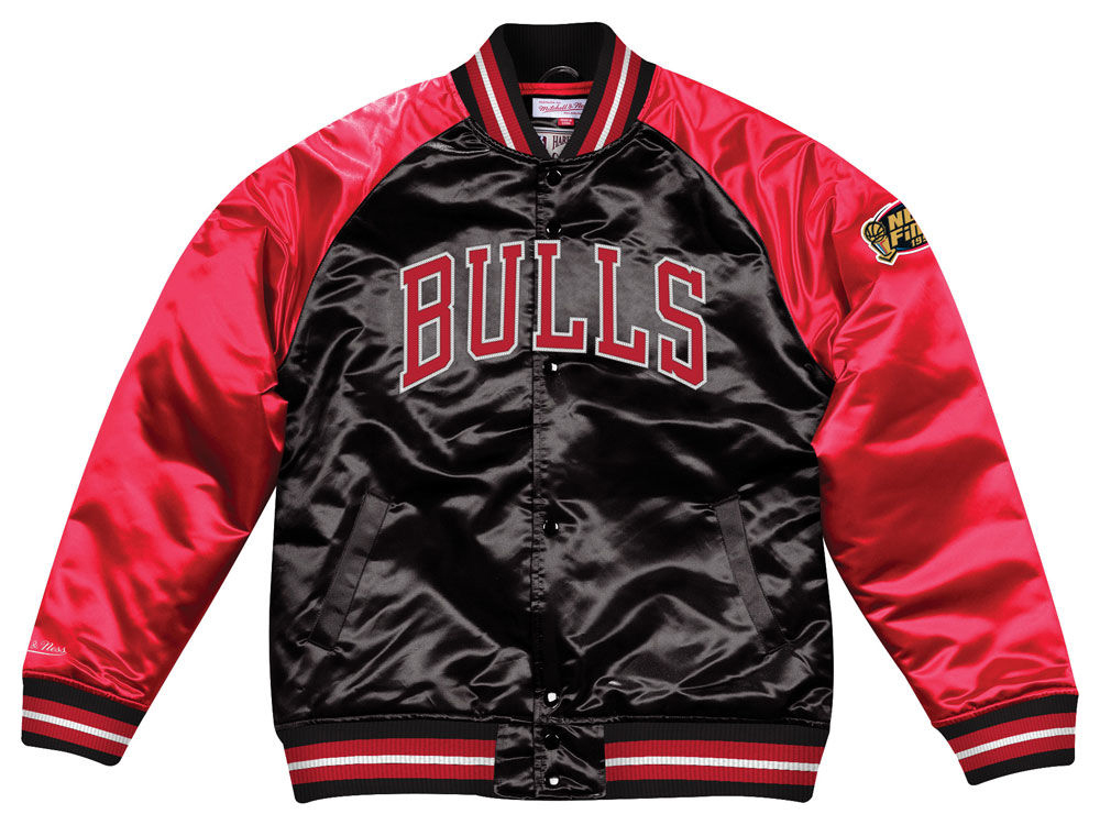 jordan-1-spider-man-origin-story-bulls-jacket-match-5