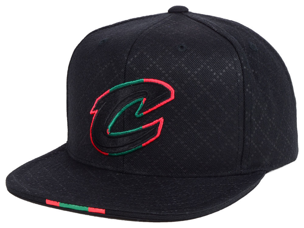 jordan-1-sports-illustrated-star-is-born-hat-cavs