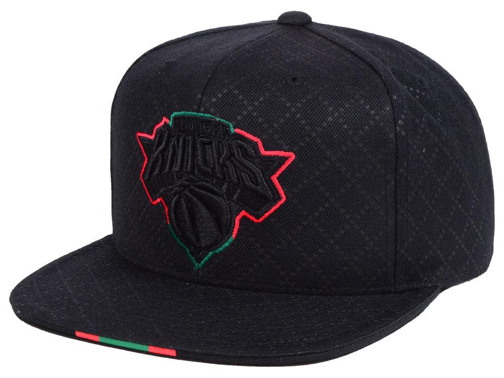 jordan-1-sports-illustrated-star-is-born-hat-knicks