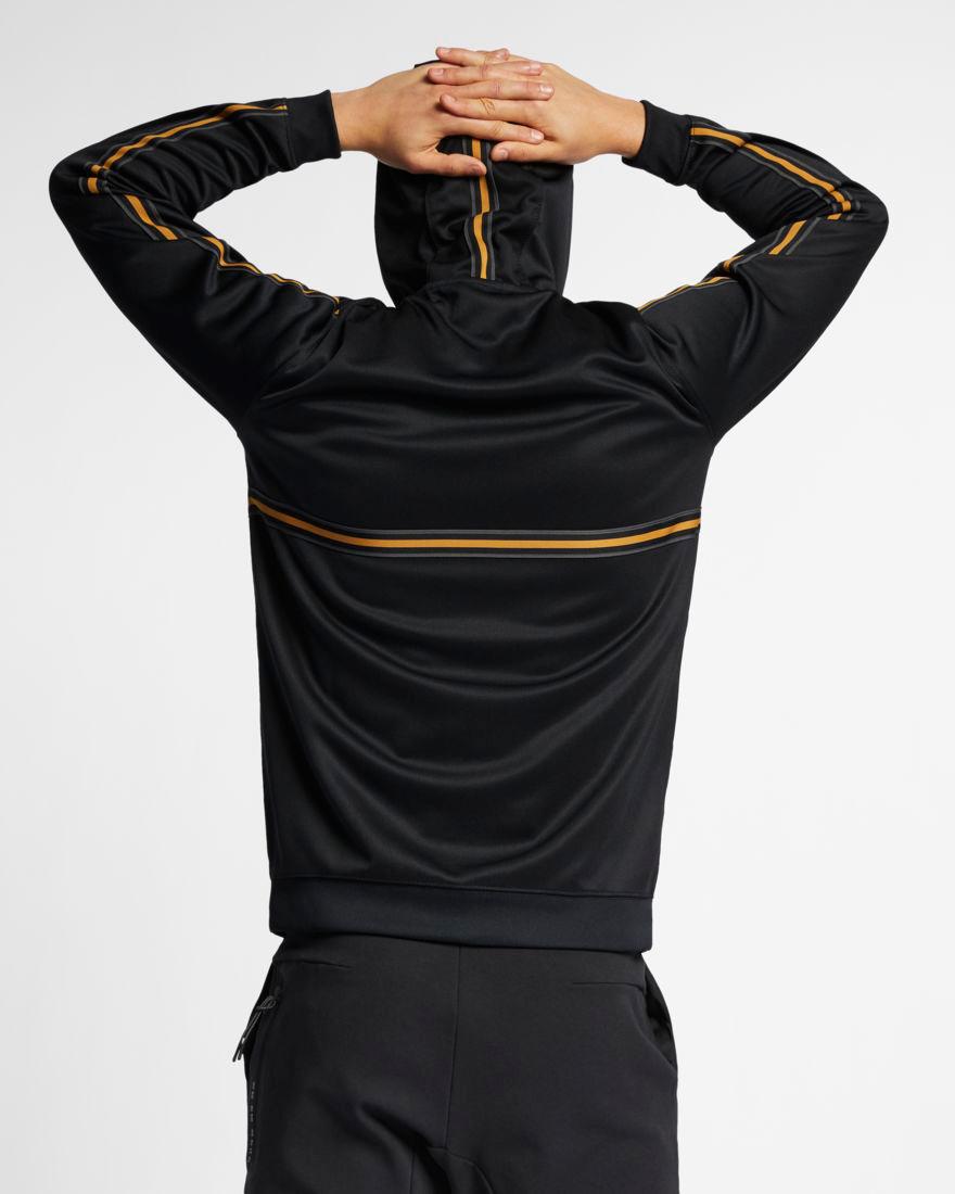 nike-sportswear-metallic-gold-black-hoodie-4