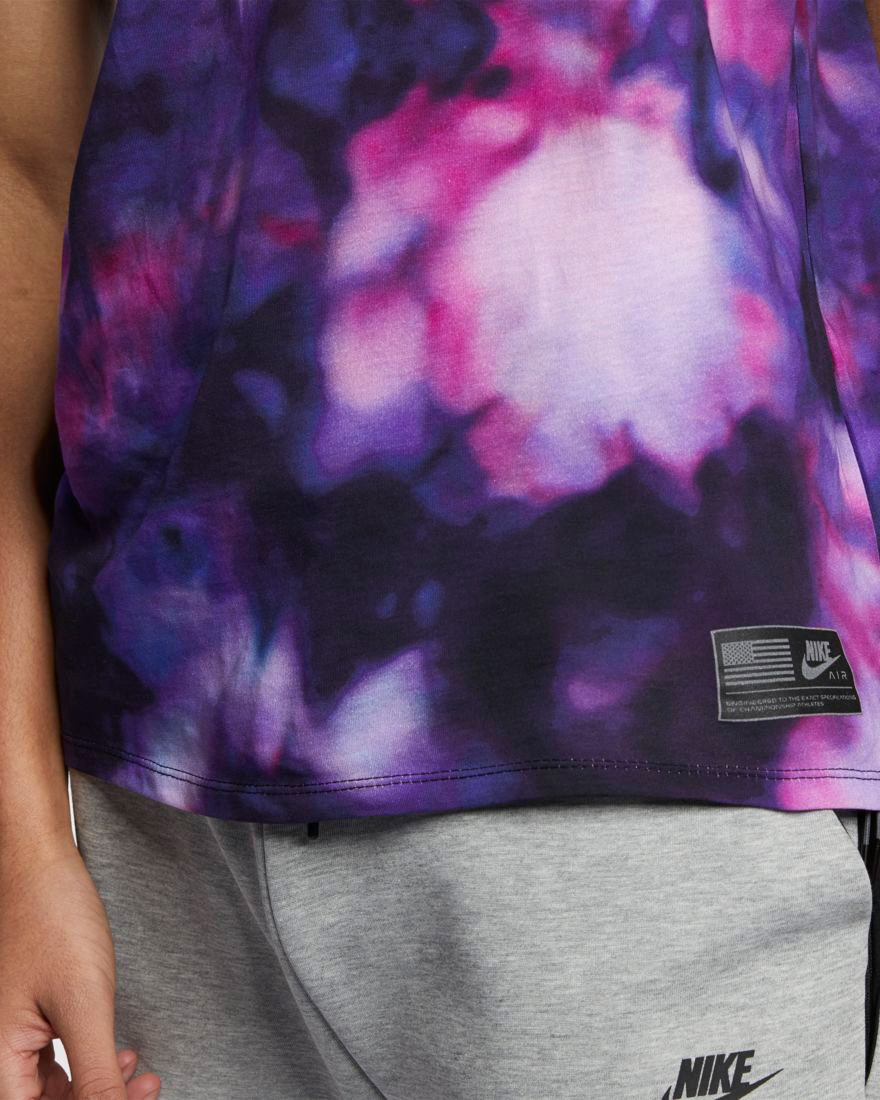 nike-sportswear-stargazer-shirt-3