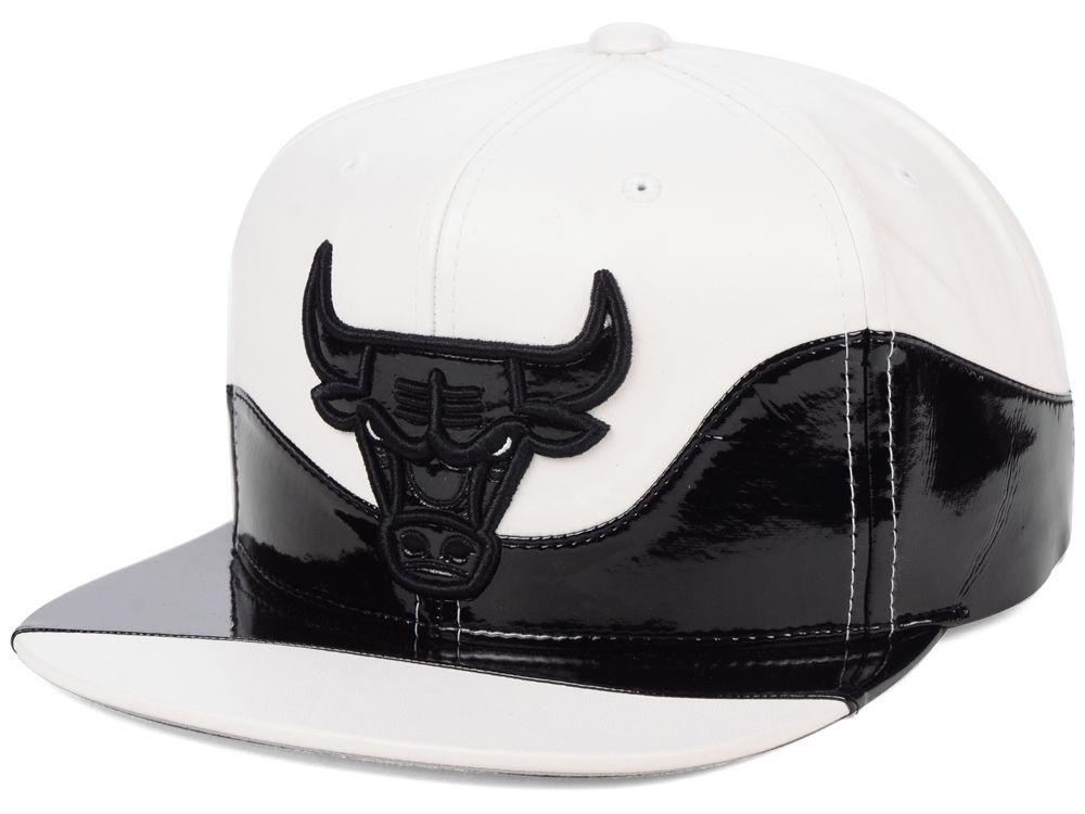 Air Jordan 11 Concord Bulls Snapback Hat  733bcac33bb