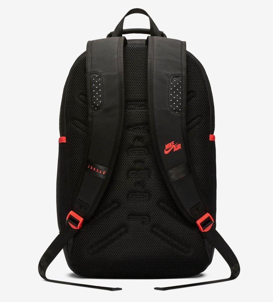 air-jordan-6-black-infrared-2019-backpack-3