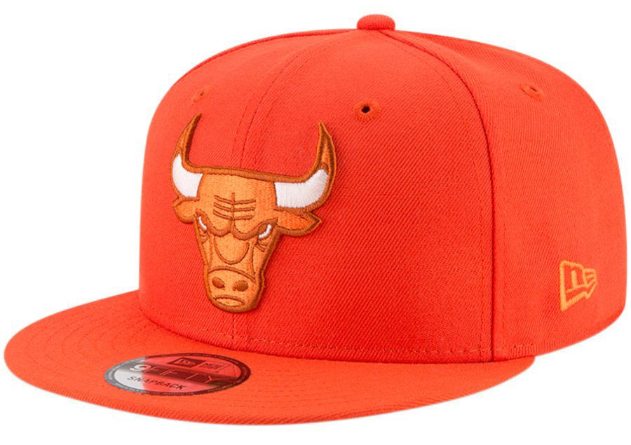 jordan-1-neutral-grey-new-era-bulls-snapback-hat-1