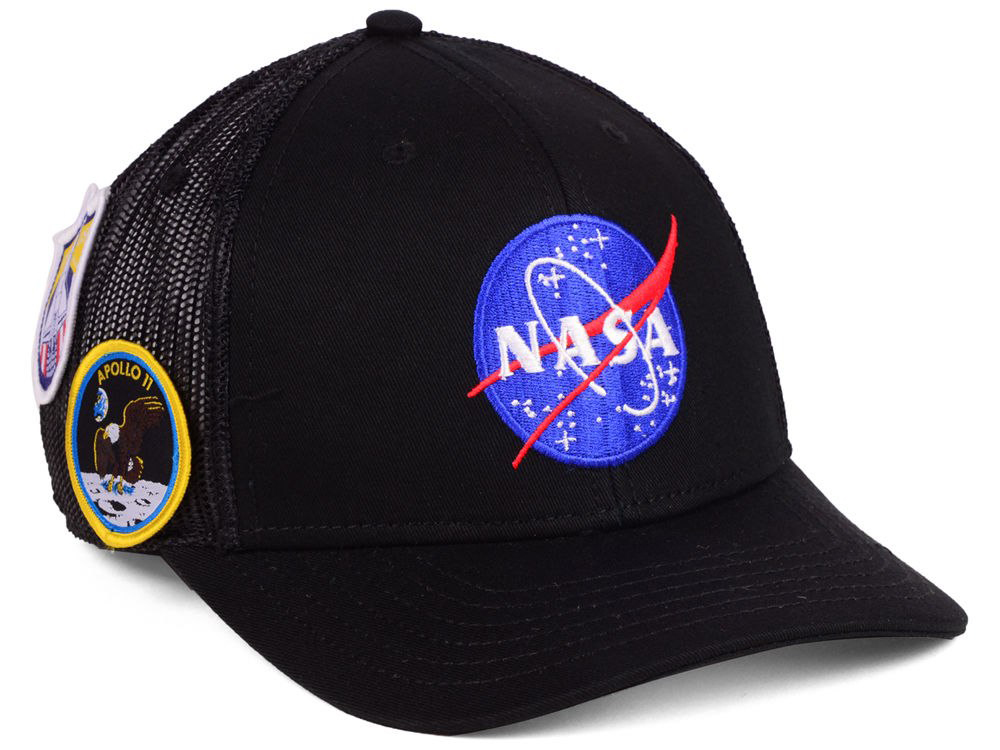 nike-pg-3-nasa-hat-match-1