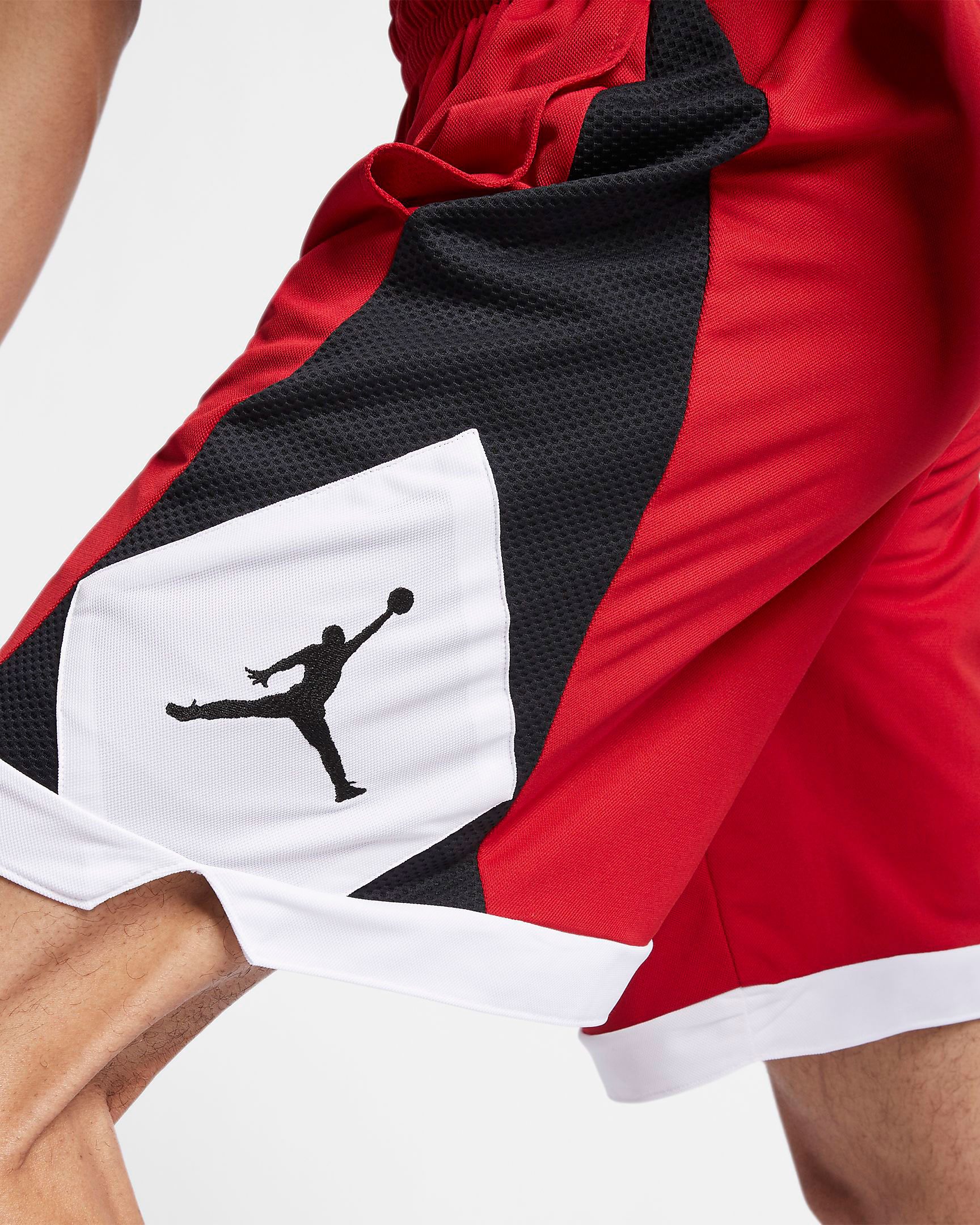 air-jordan-3-tinker-air-max-1-shorts-match-1