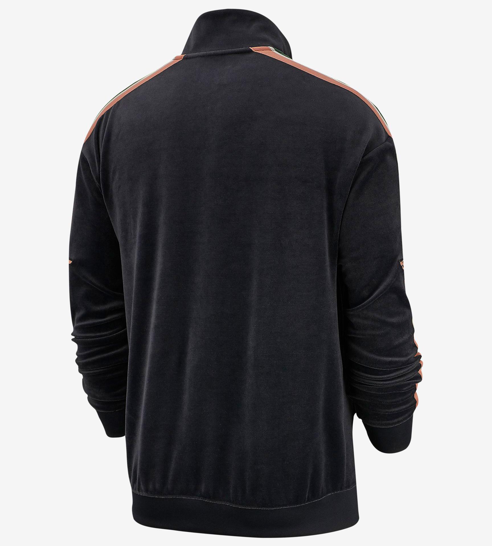 jordan-1-crimson-tint-matching-jacket-2
