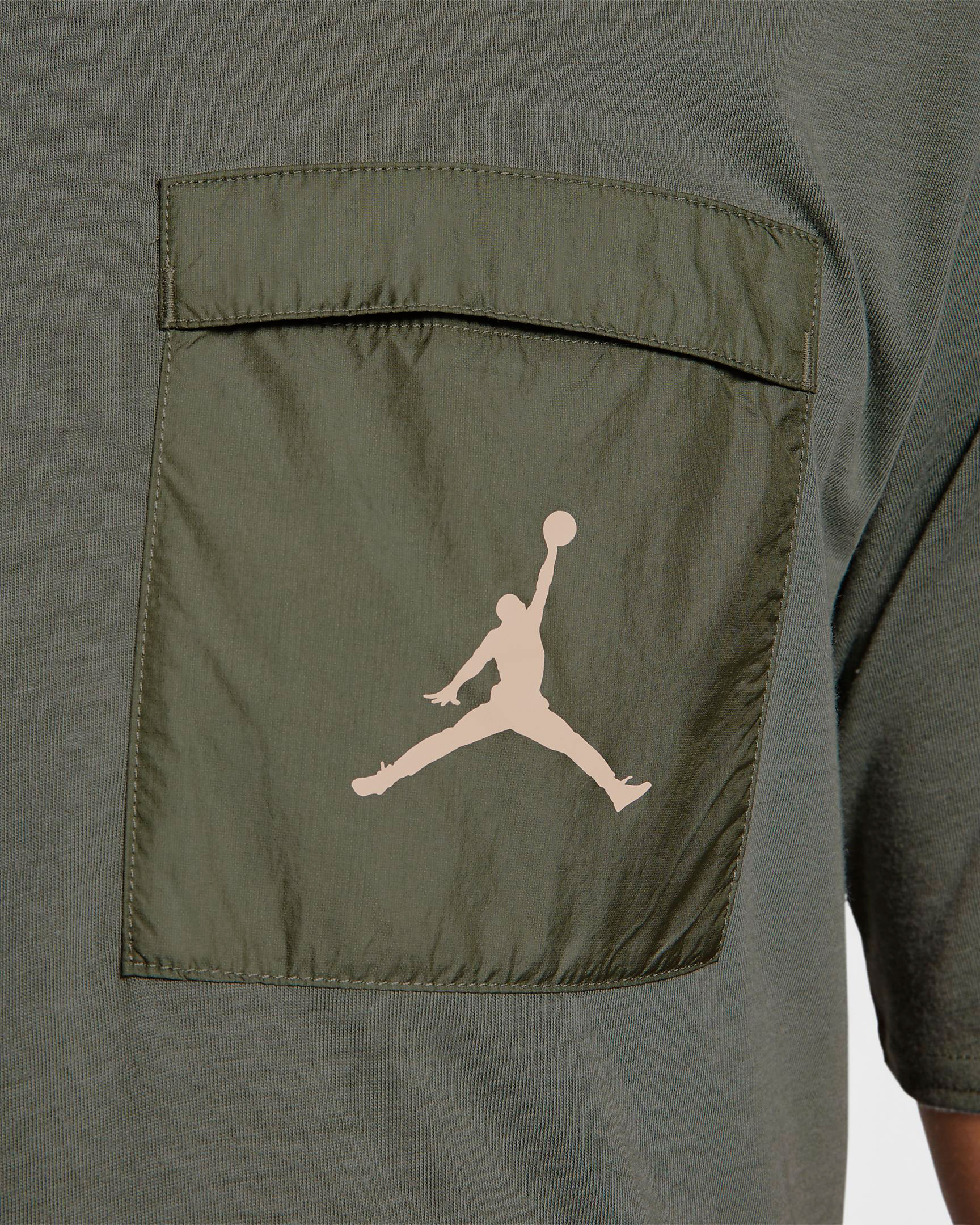 jordan-1-crimson-tint-shirt-match-3