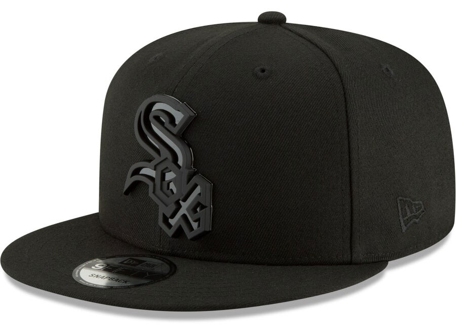 jordan-13-cap-and-gown-snapback-hat-chicago-white-sox