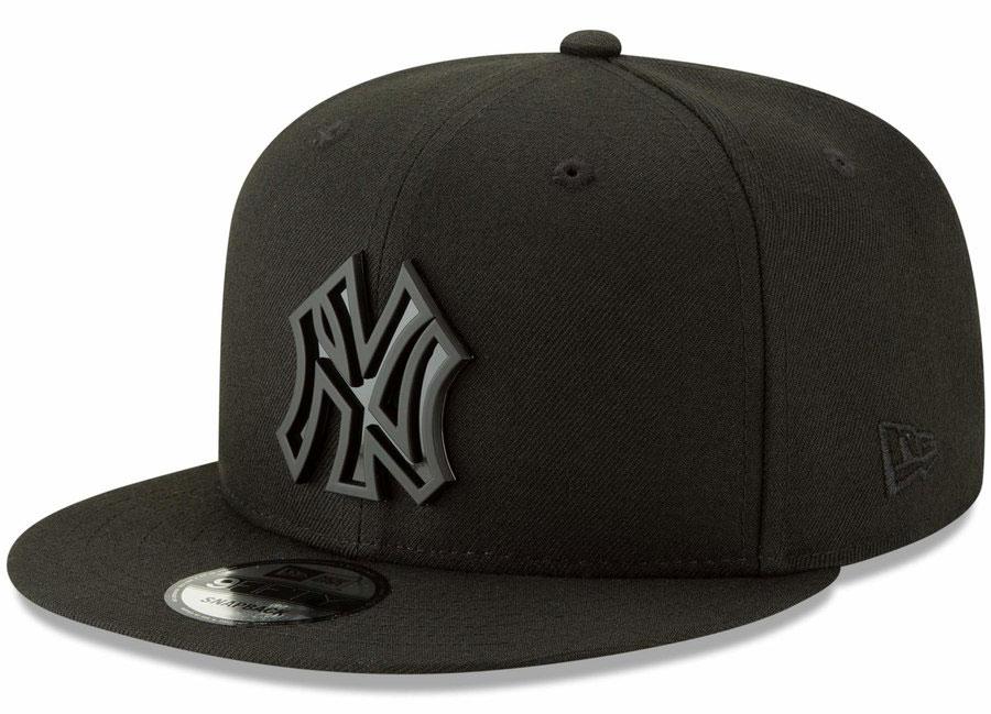 jordan-13-cap-and-gown-snapback-hat-yankees