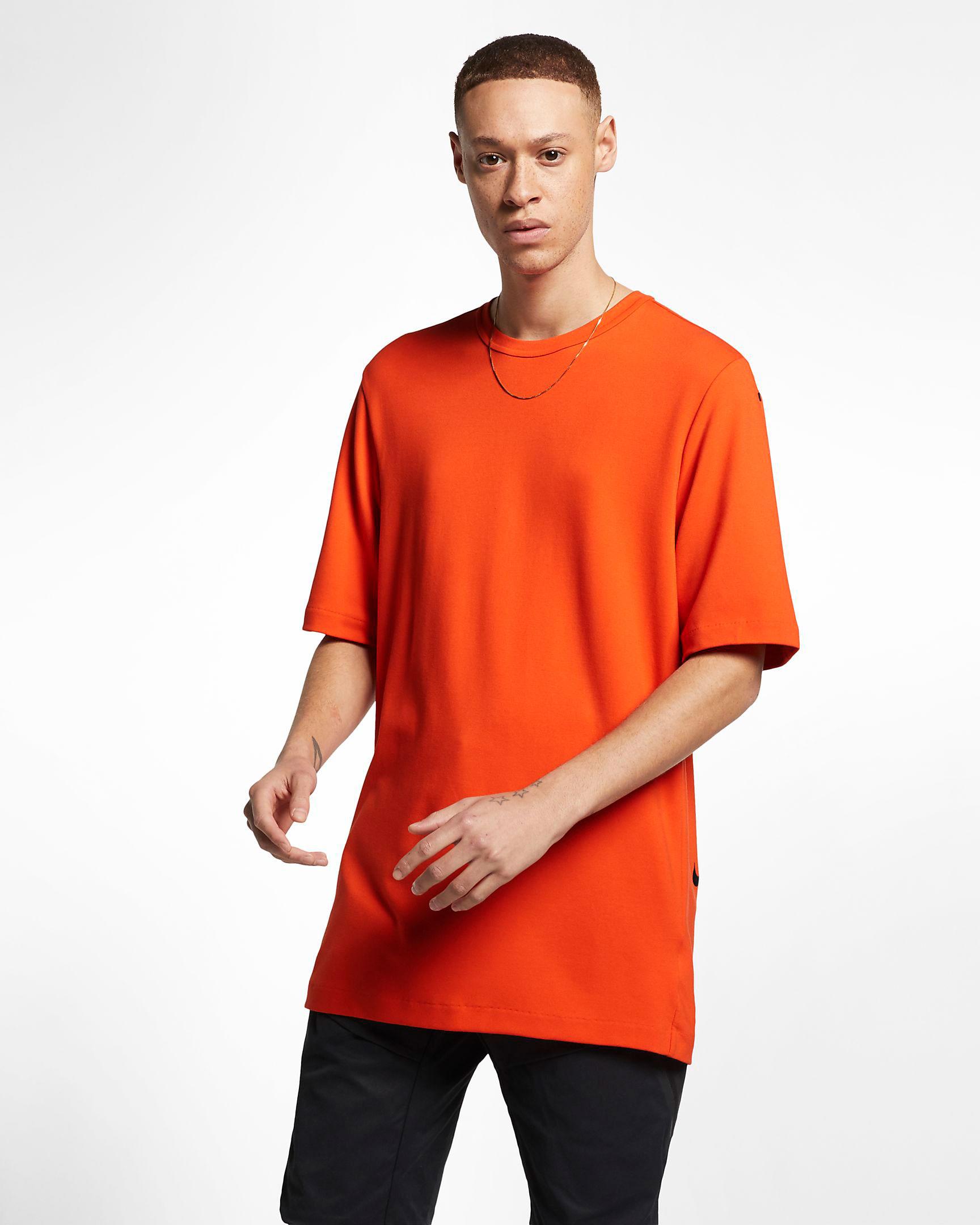nike-foamposite-hyper-crimson-shirt-match-6