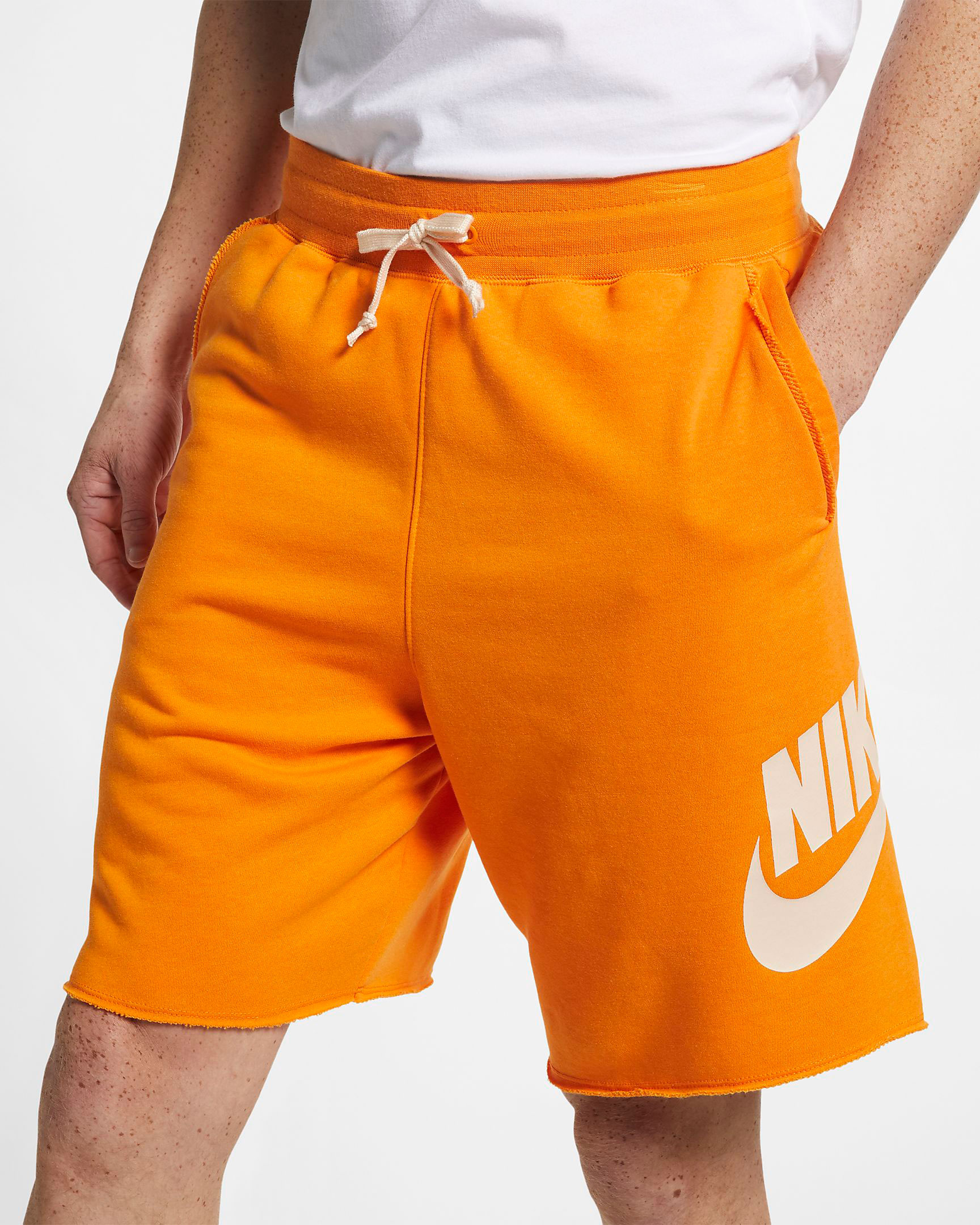 nike-foamposite-pro-hyper-crimson-shorts-match-1