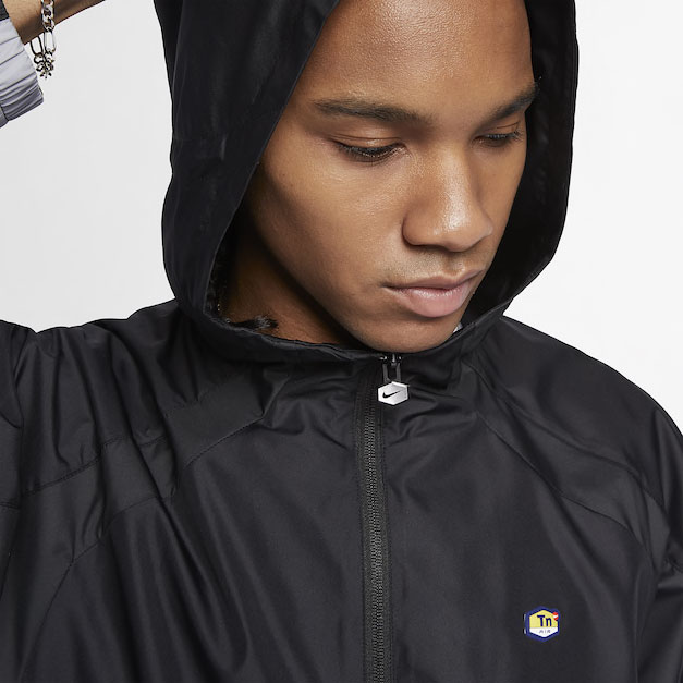 nike-tuned-air-air-max-plus-black-jacket-2