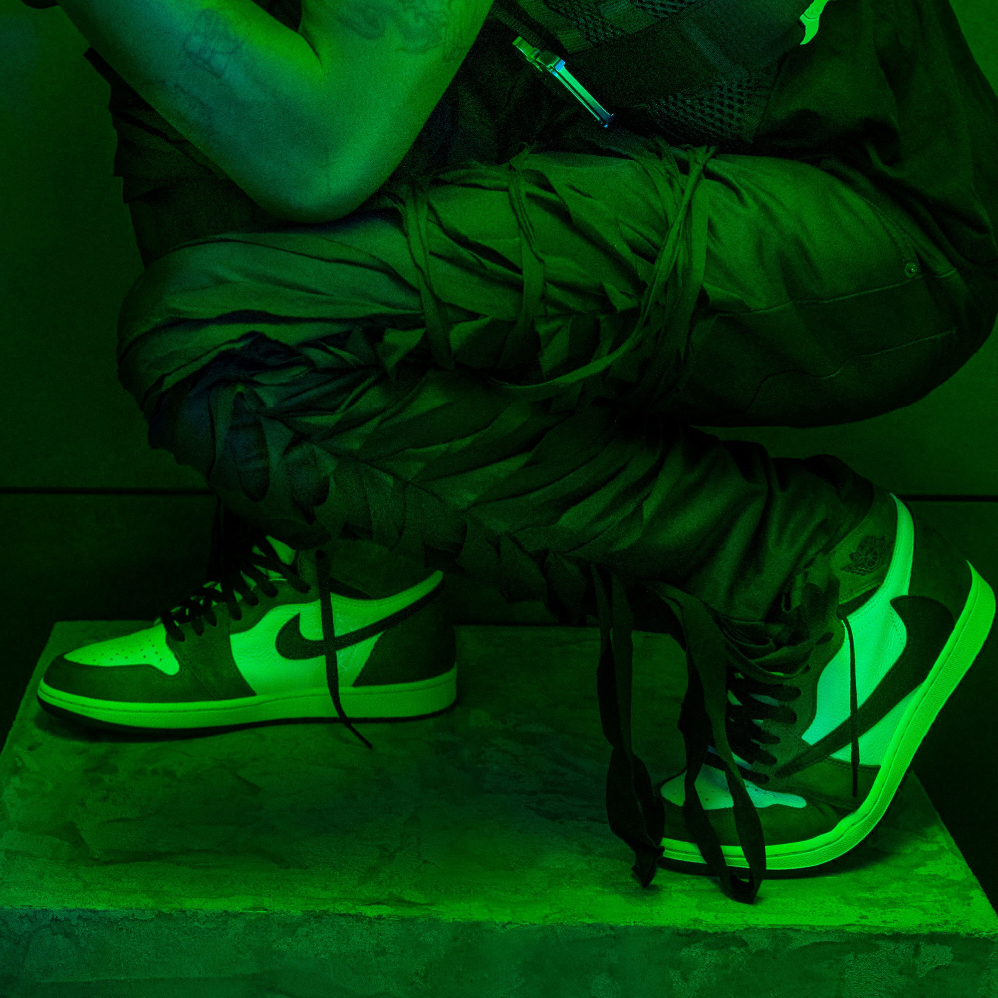 7781f8aa Travis Scott x Air Jordan 1 Clothing | SneakerFits.com