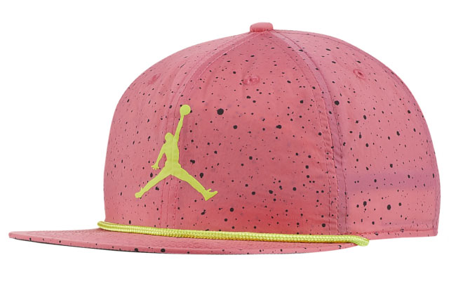air-jordan-11-low-pink-snakeskin-hat-match