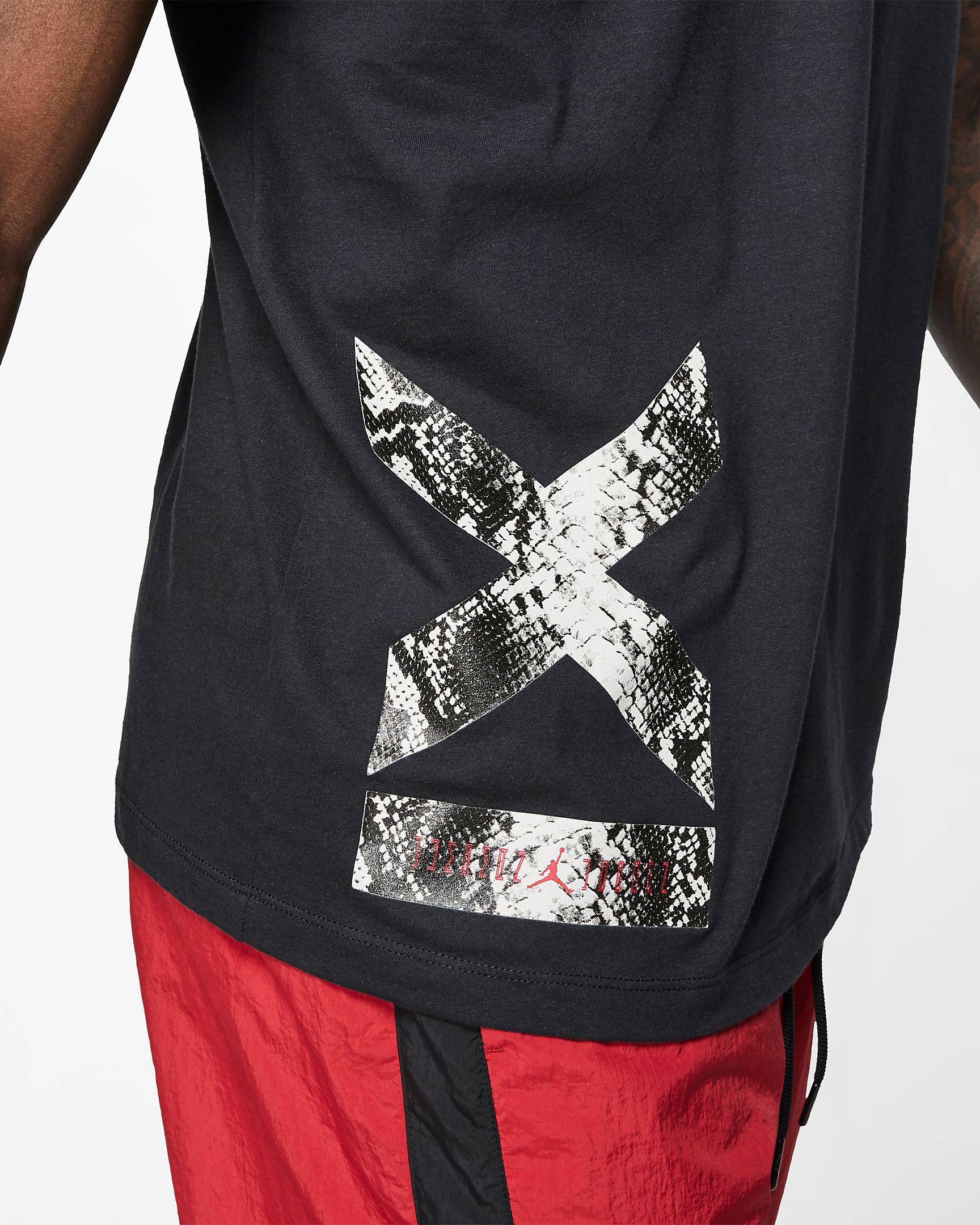 air-jordan-11-low-snakeskin-light-bone-shirt-tee-shirt