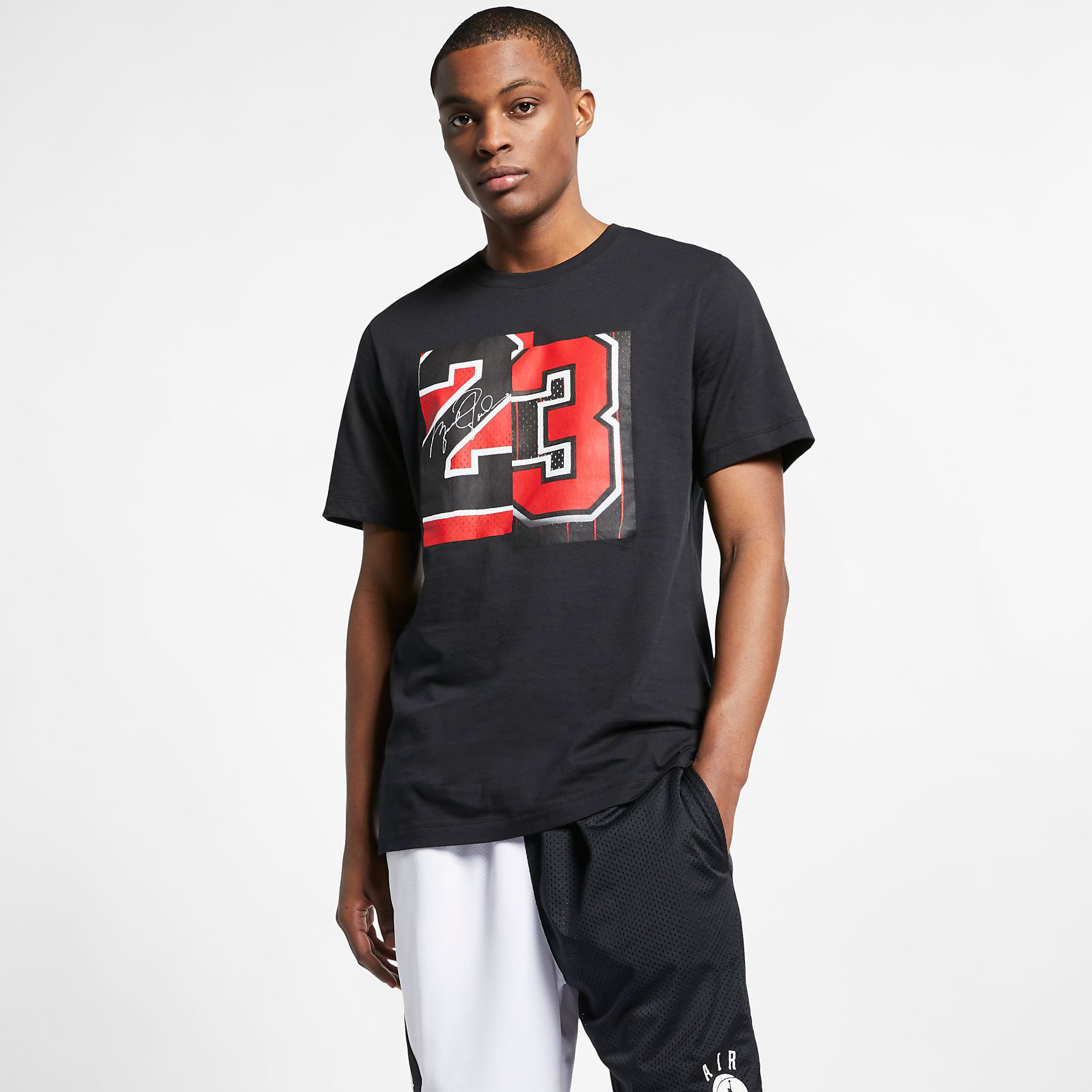 air-jordan-4-bred-2019-shirt-match-2