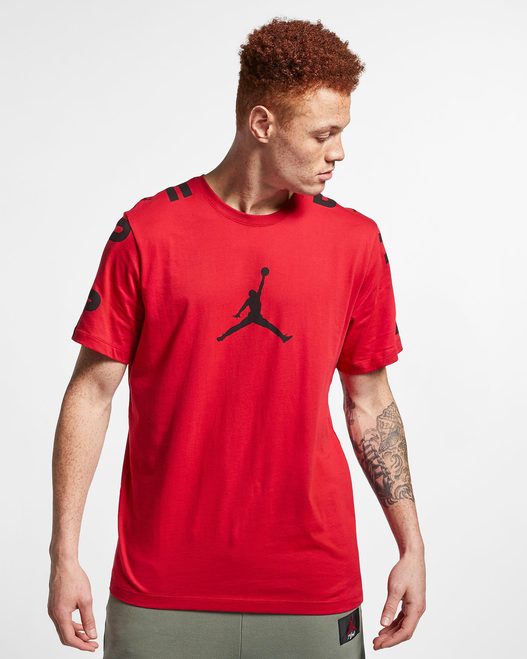air-jordan-4-bred-2019-shirt-match-3