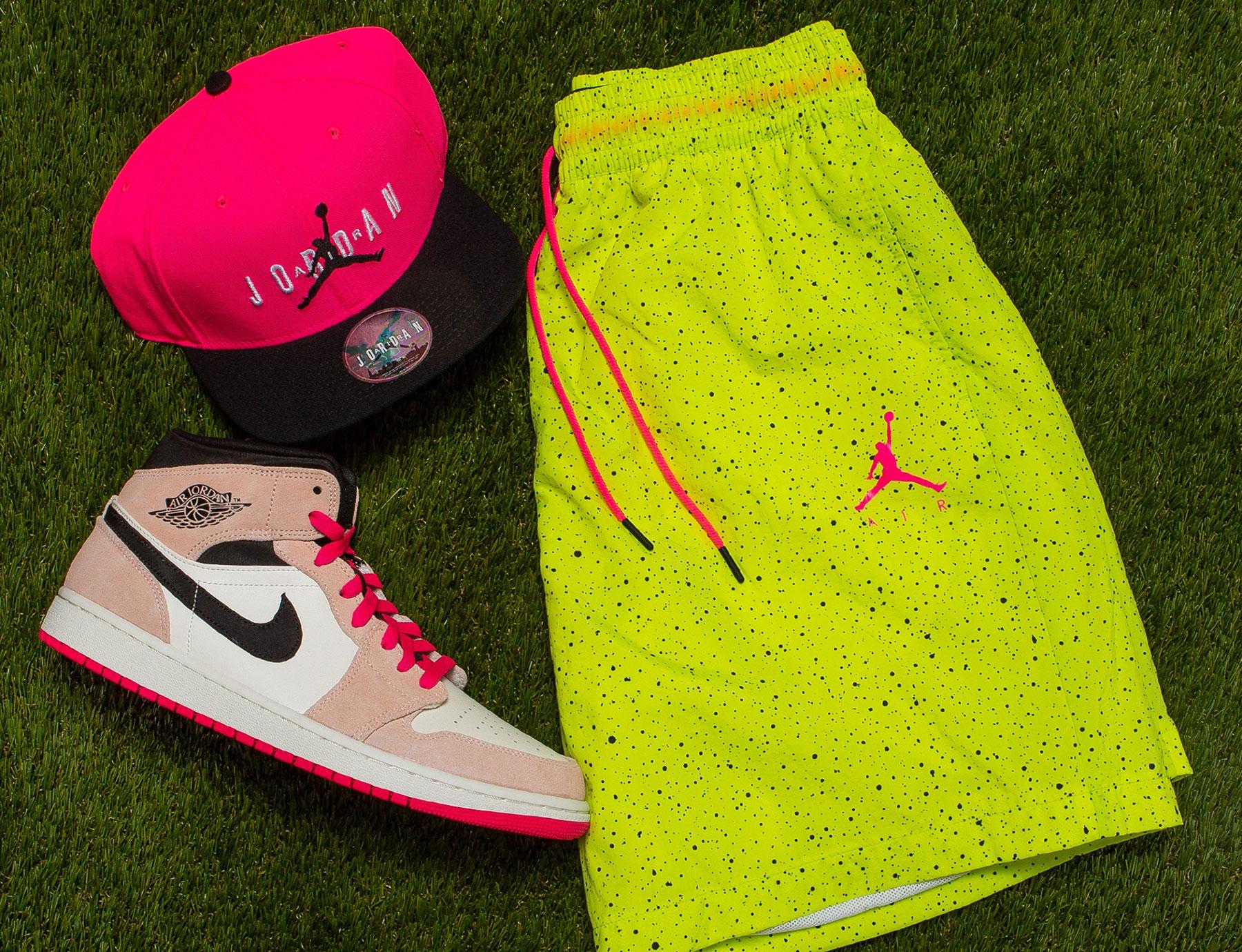 jordan-poolside-shorts-hat-sneaker-match