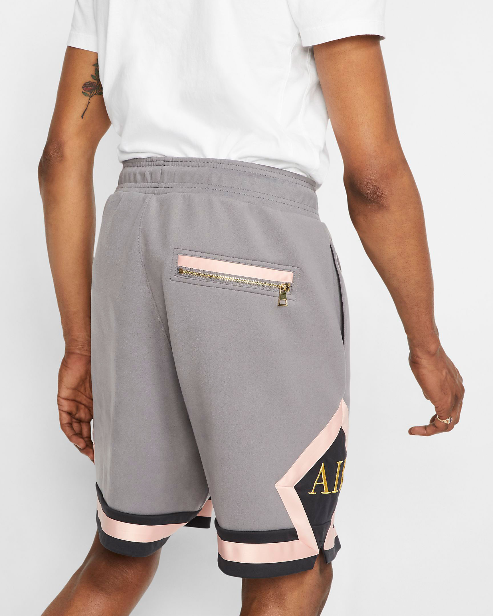 jordan-remastered-diamond-shorts-grey-pink-3