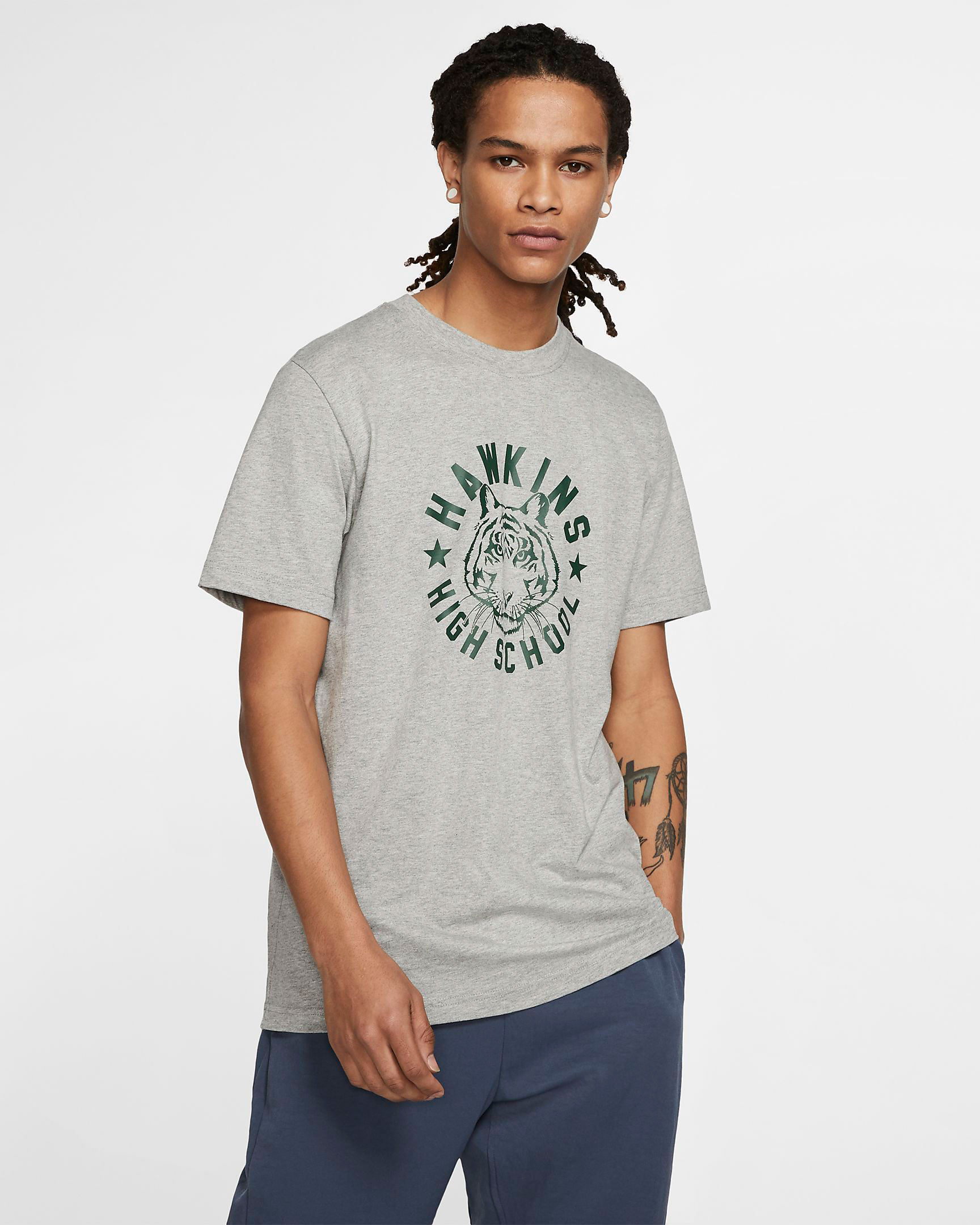 nike-stranger-things-hawkins-high-t-shirt-grey-1
