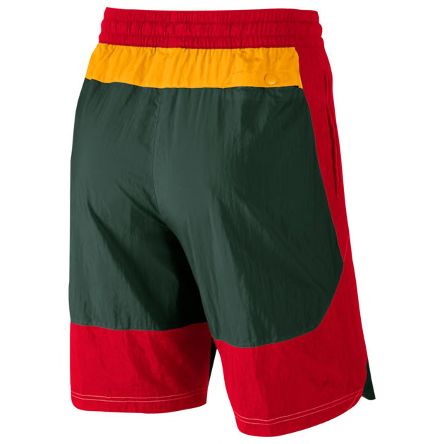 nike-throwback-short-green-red-gold