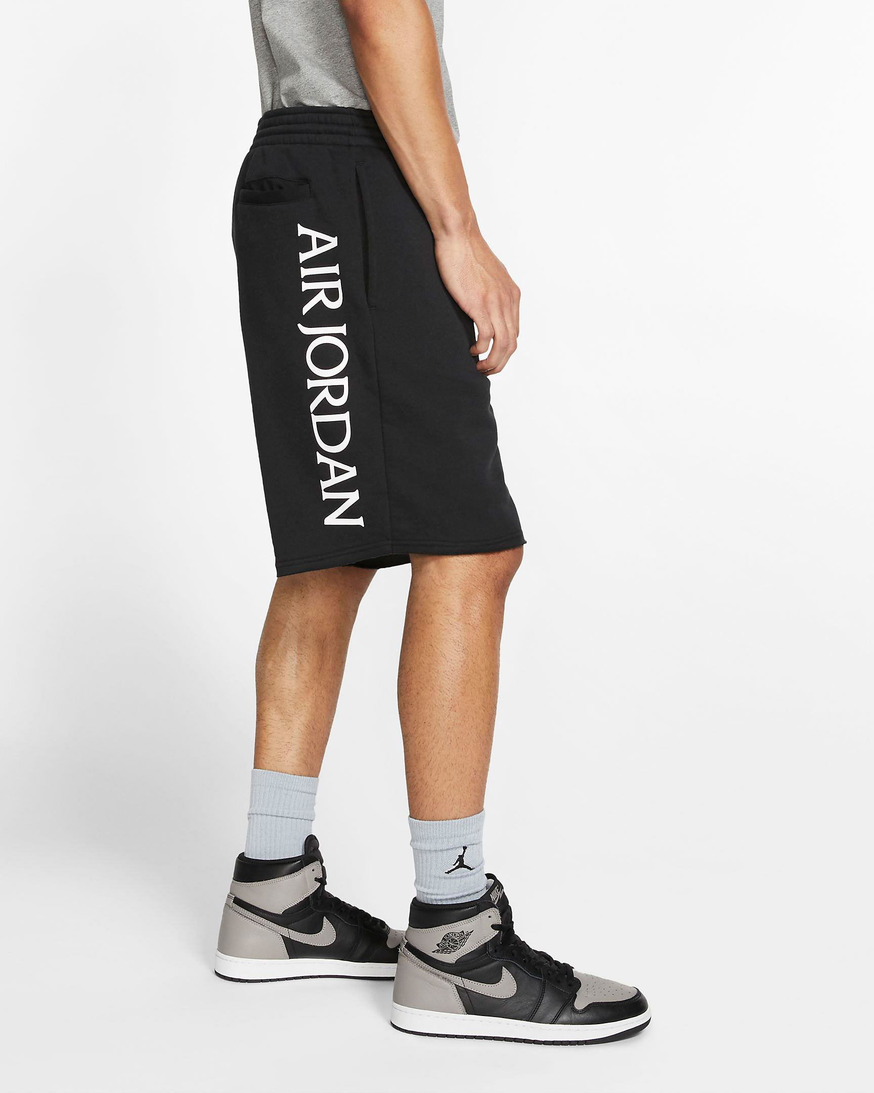 air-jordan-1-high-gym-red-black-shorts-3