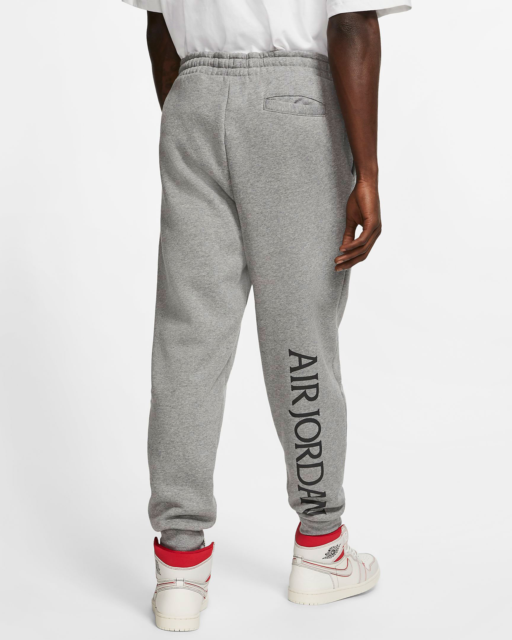 air-jordan-1-high-gym-red-jogger-pants-3