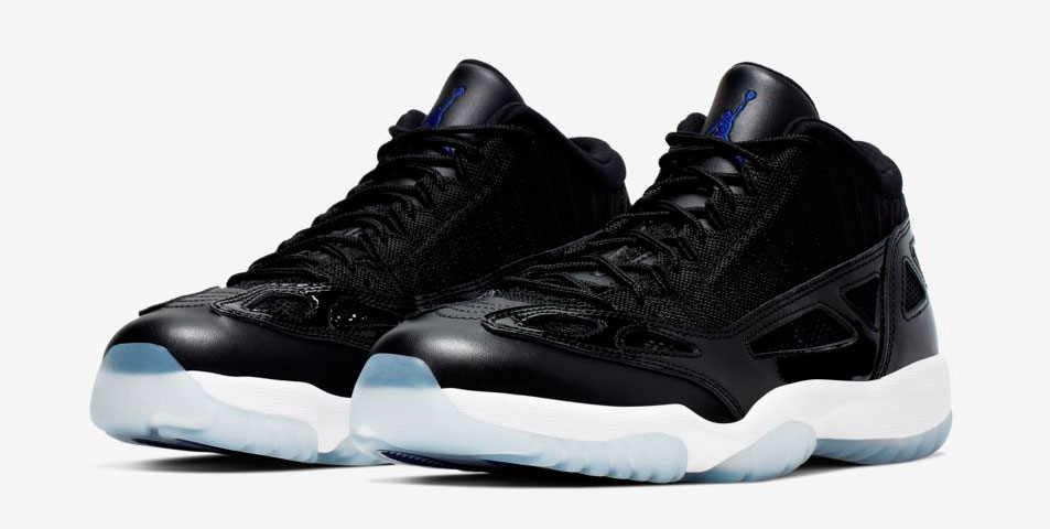 air-jordan-11-low-ie-space-jam-clothing-match