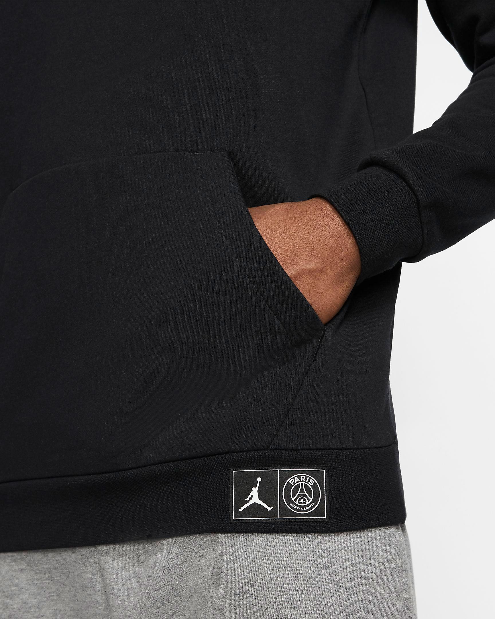 air-jordan-6-psg-paris-saint-germain-hoodie-3