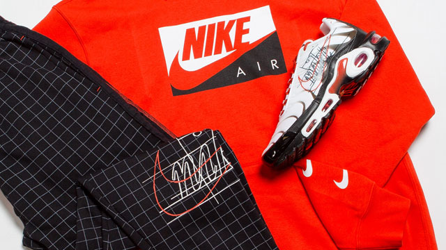 nike-air-max-plus-script-swoosh-hoodie-pants