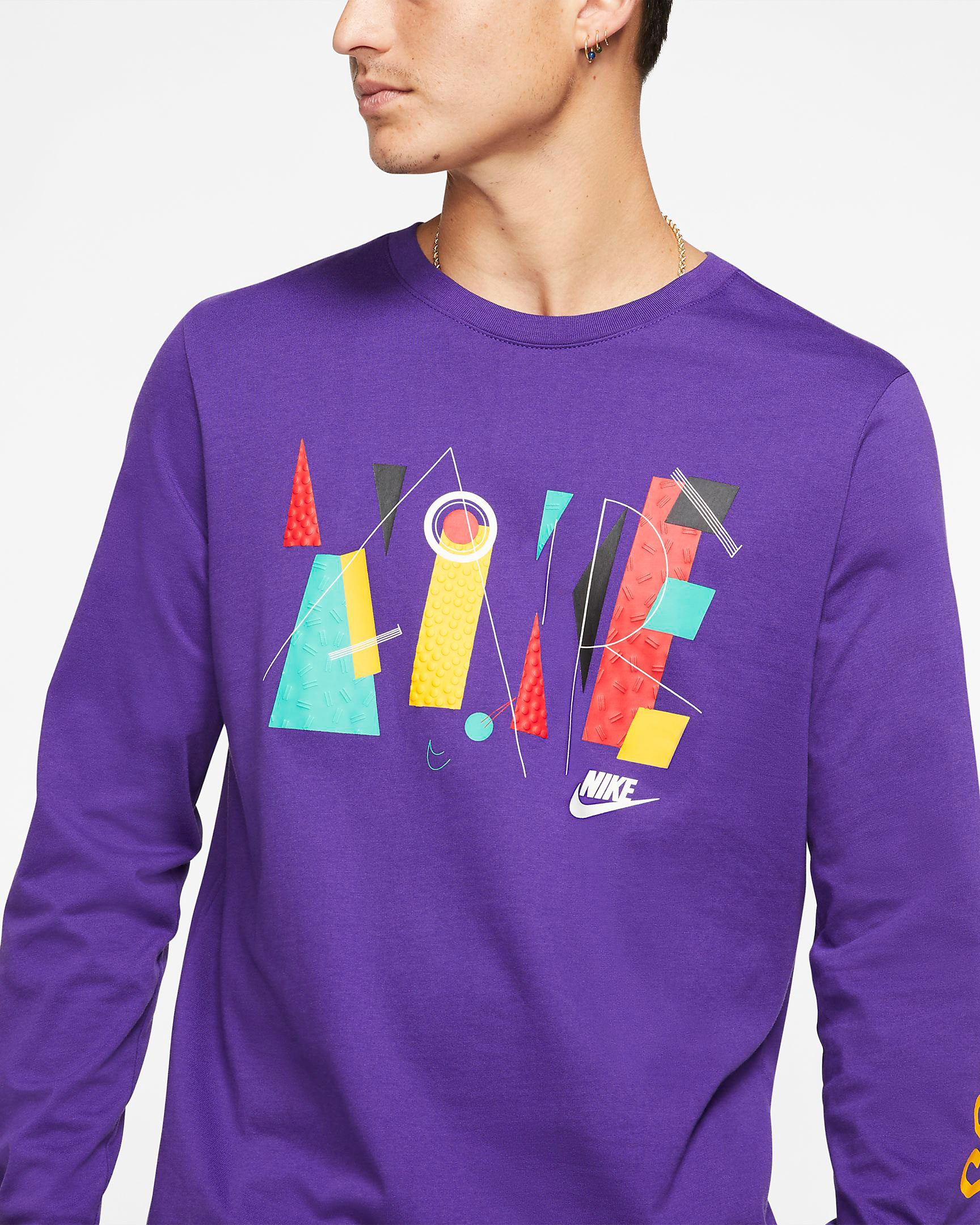 nike-foamposite-pro-purple-camo-shirt-match-2