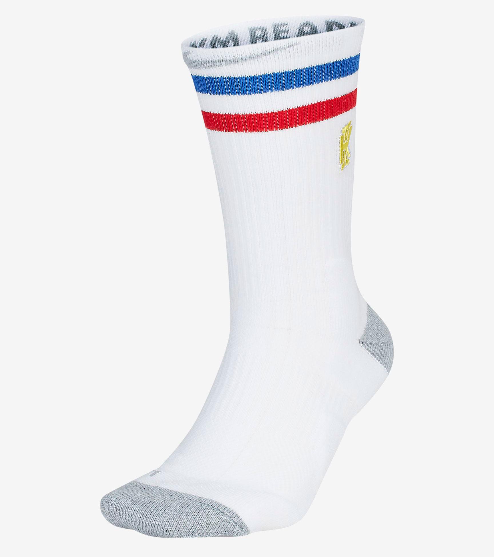 nike-kyrie-spongebob-socks-1