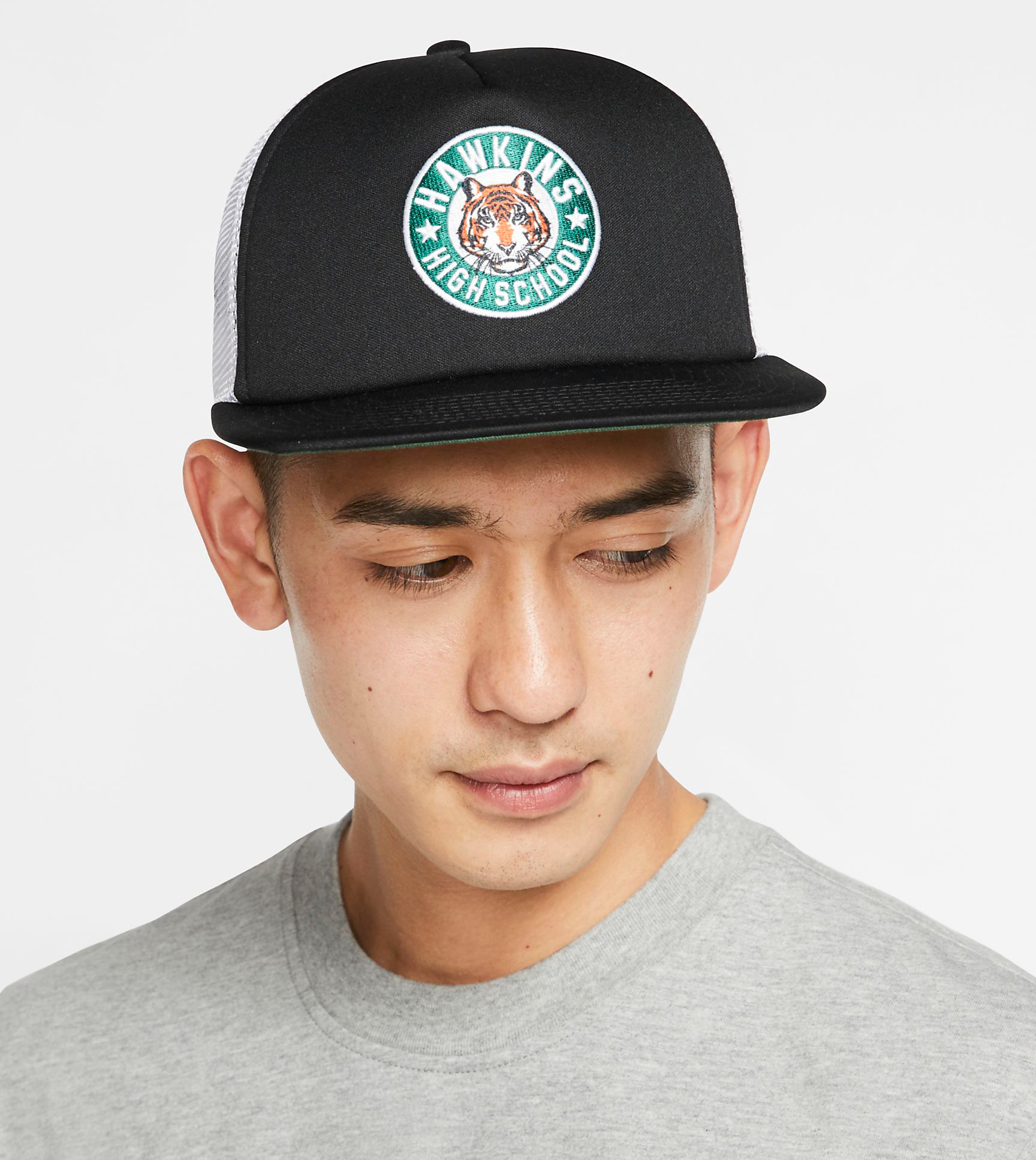 nike-stranger-things-upside-down-black-hat