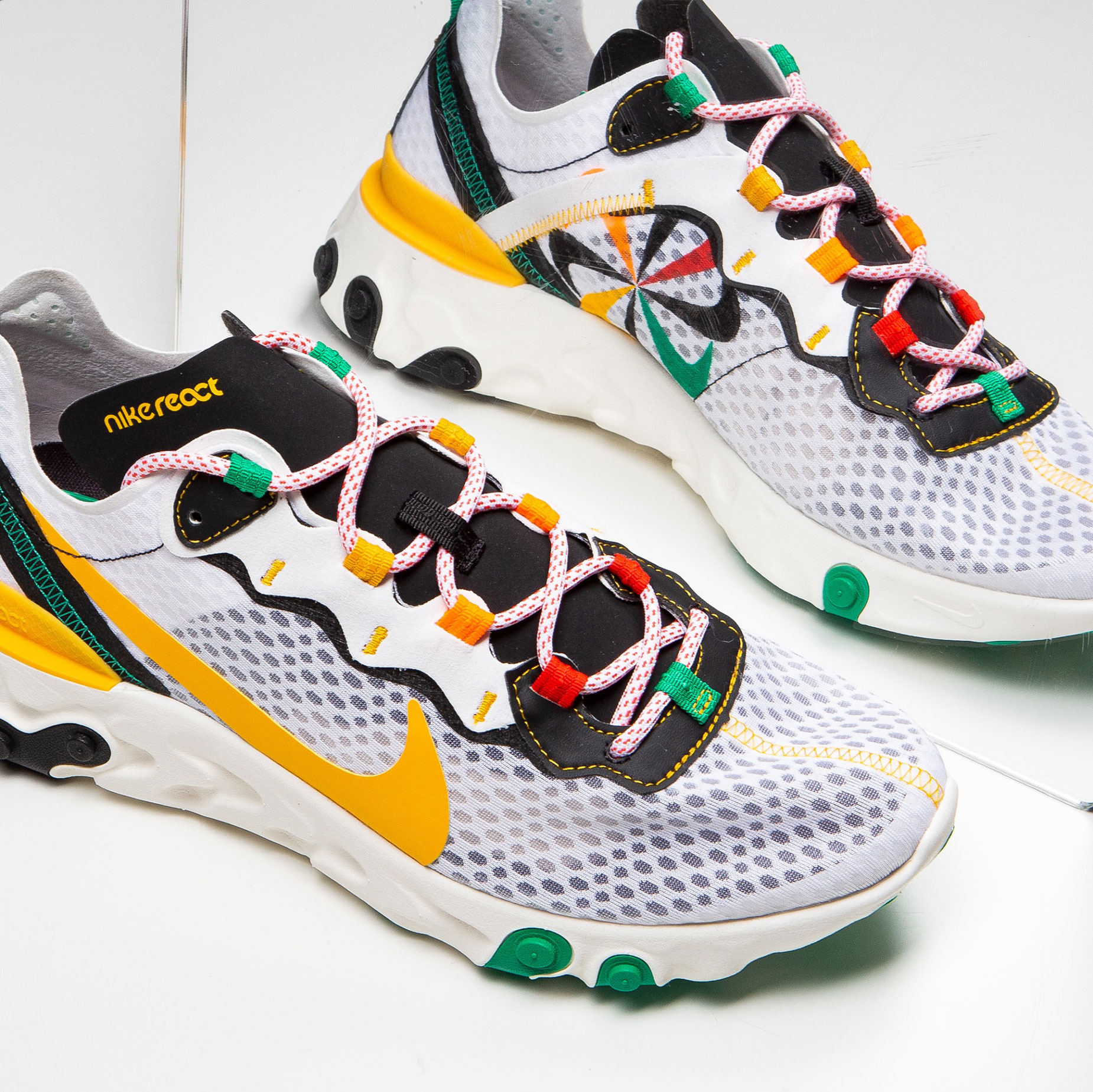 nike-sunburst-shoe-pack