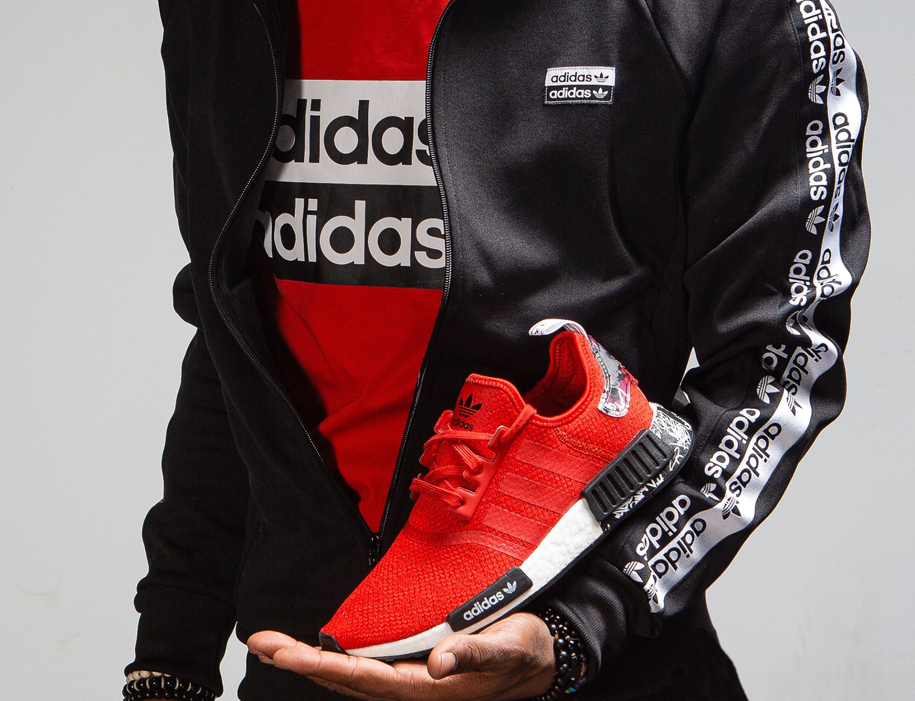 adidas-nmd-graffiti-shirt-jacket-match