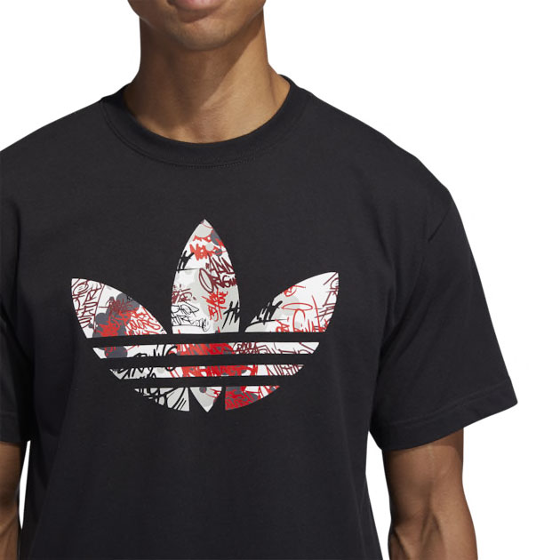 adidas-nmd-graffiti-shirt