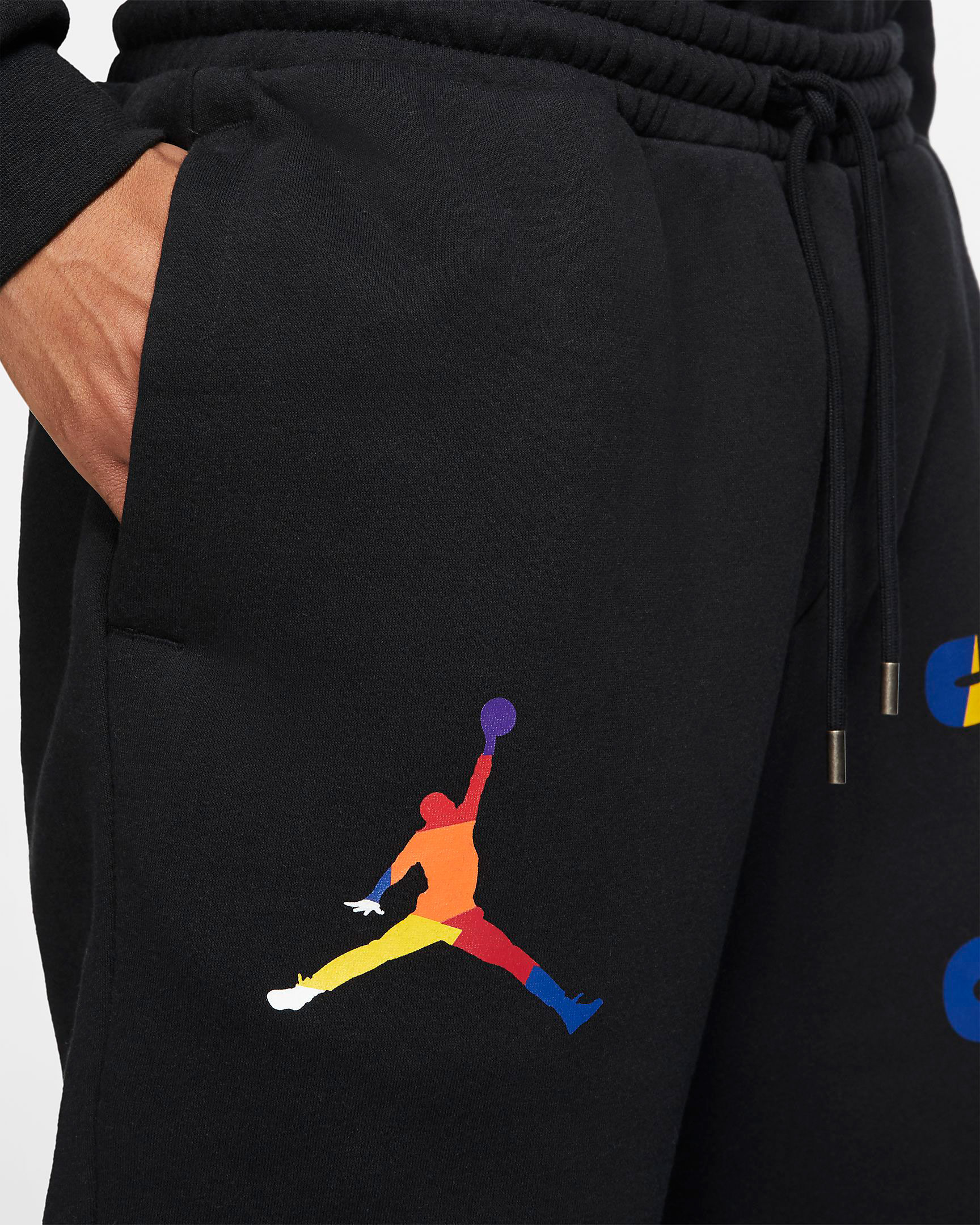 air-jordan-3-knicks-jogger-pant-match-black-2