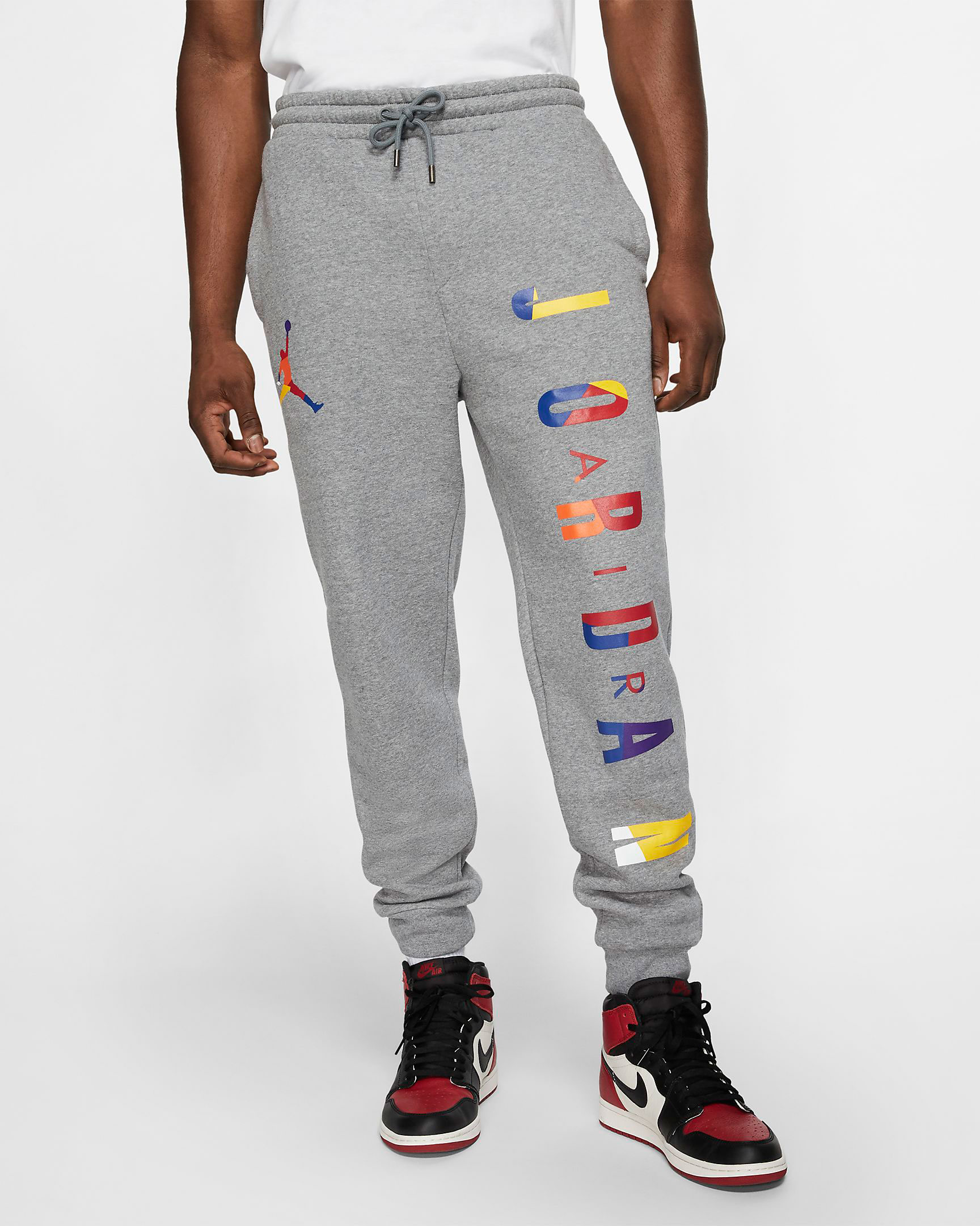 air-jordan-3-knicks-jogger-pant-match-grey-1