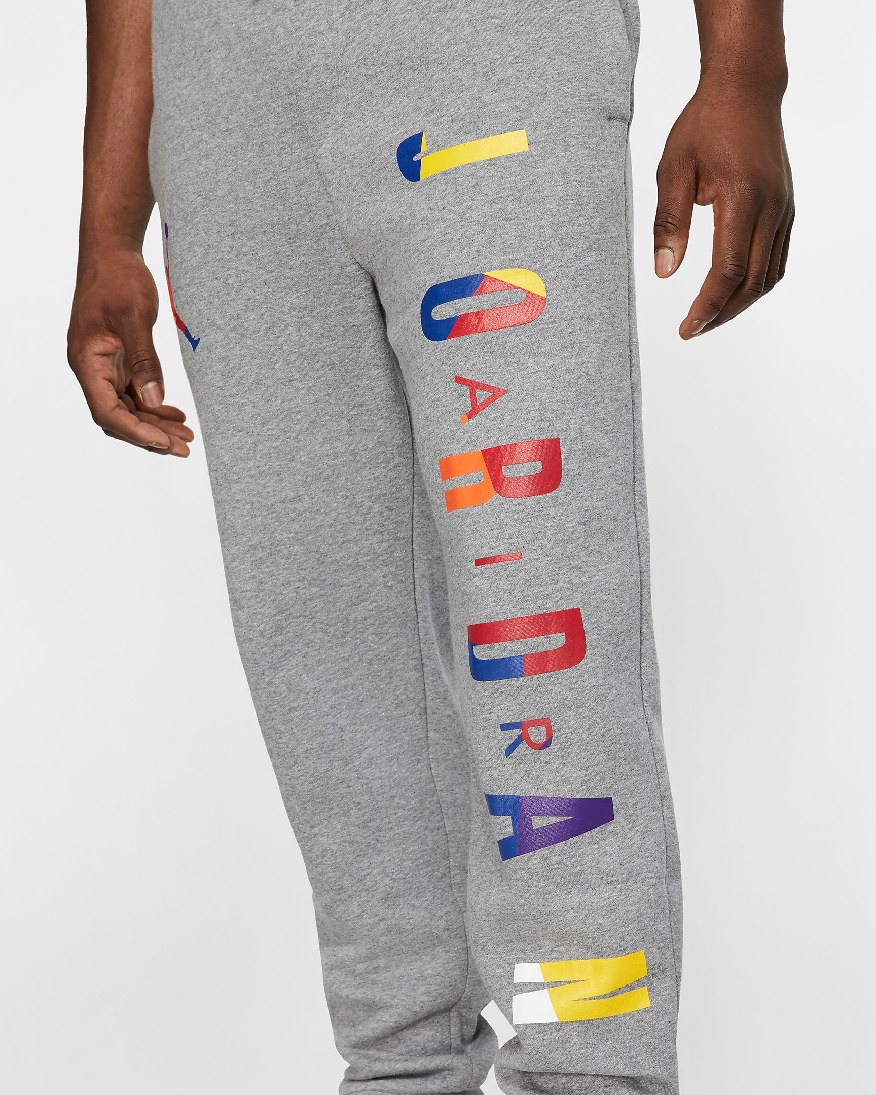 air-jordan-3-knicks-jogger-pant-match-grey-3