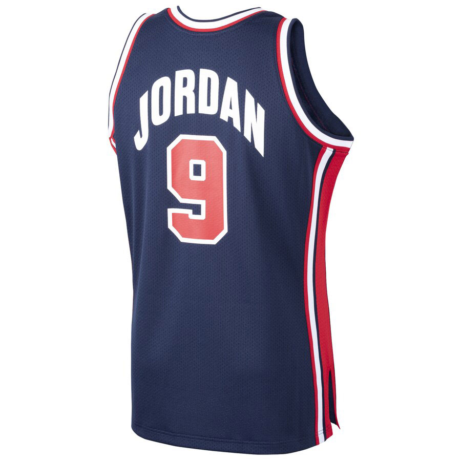 michael-jordan-1992-dream-team-usa-jersey-2