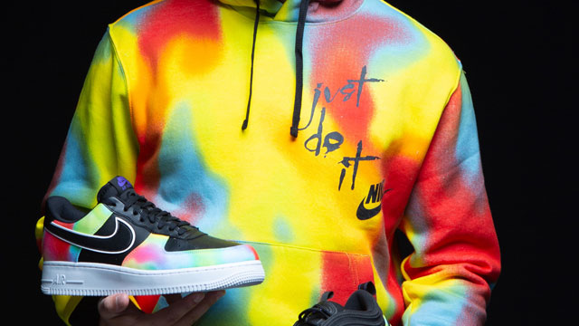 nike-chi-dye-hoodie-shoes