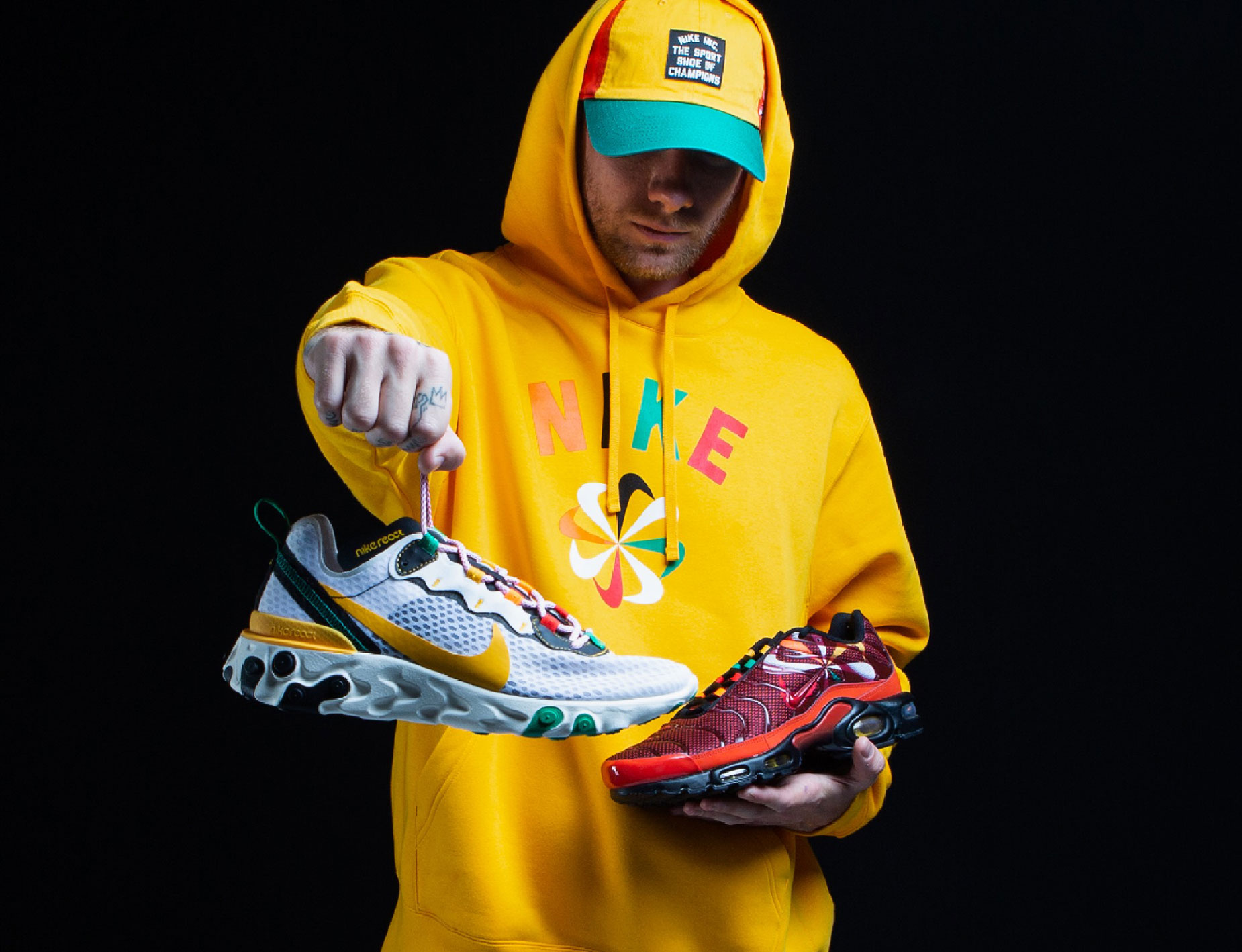 nike-evolve-swoosh-sunburst-hoodie-hat-shoes