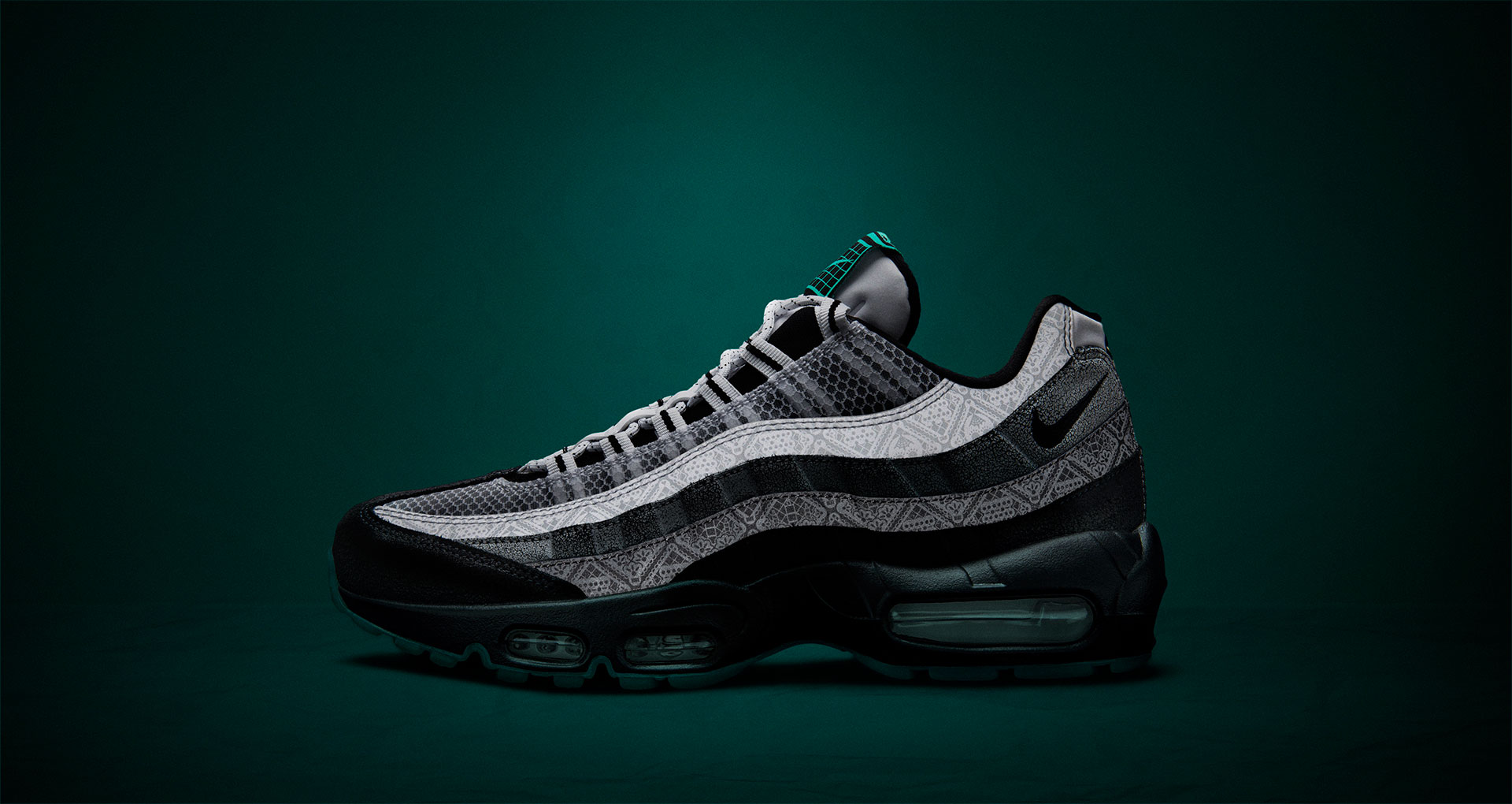 nike-air-max-95-day-of-the-dead-2